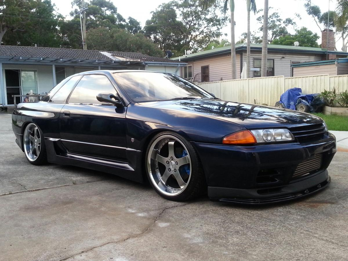 R32 Gtr Body Kit And 19X9 5 Wheels And Tyres For Sale - For