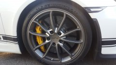 Porsche GT4 brakes