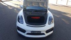 Porsche GT4 boot