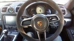 Porsche GT4 dash