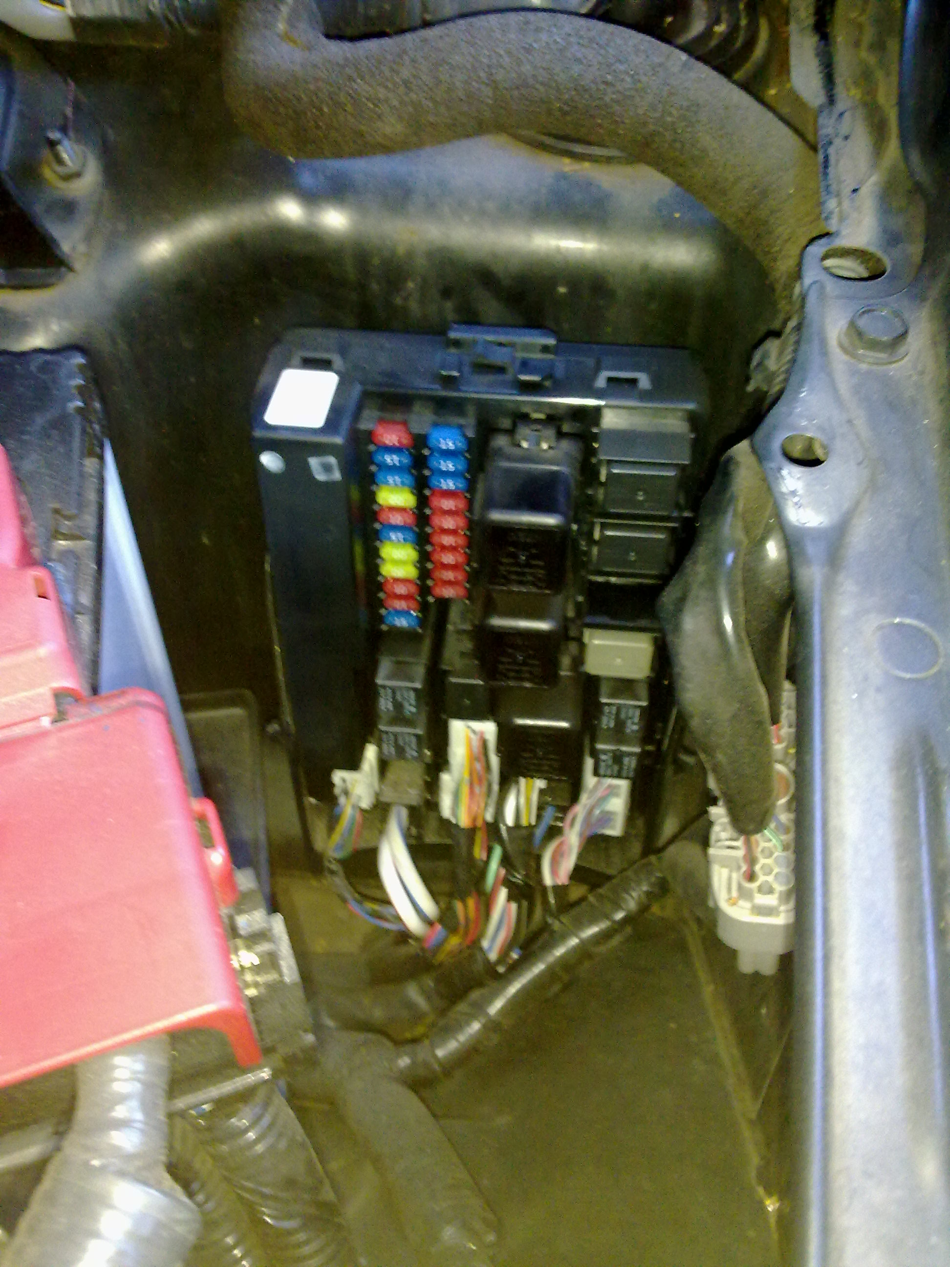 V35 Coupe Fuse Box With Pics Vq Series V36 Infiniti Sau G35 Amplifier Wiring Diagram Post 71983 1285378212 Thumb