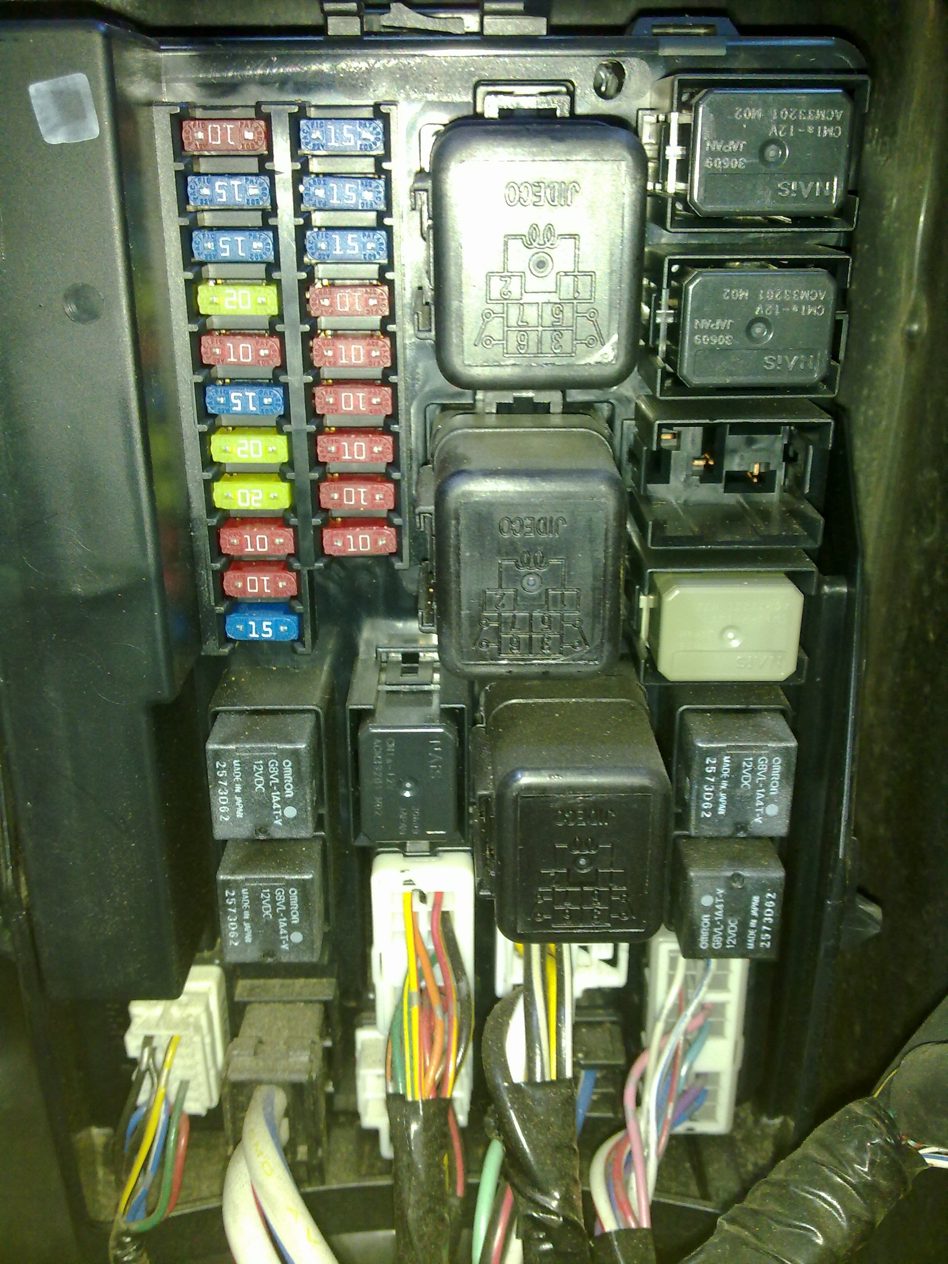 post 71983 1285378271 v35 coupe fuse box with pics vq series v35, v36 & infiniti g35 fuse box behind battery at edmiracle.co